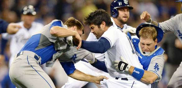 041113-Padres-Dodgers-Fight-SW-PI_20130412012735285_660_320